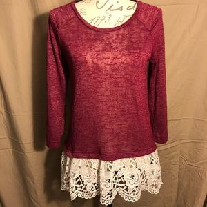 Red camel shirt with lace bottom